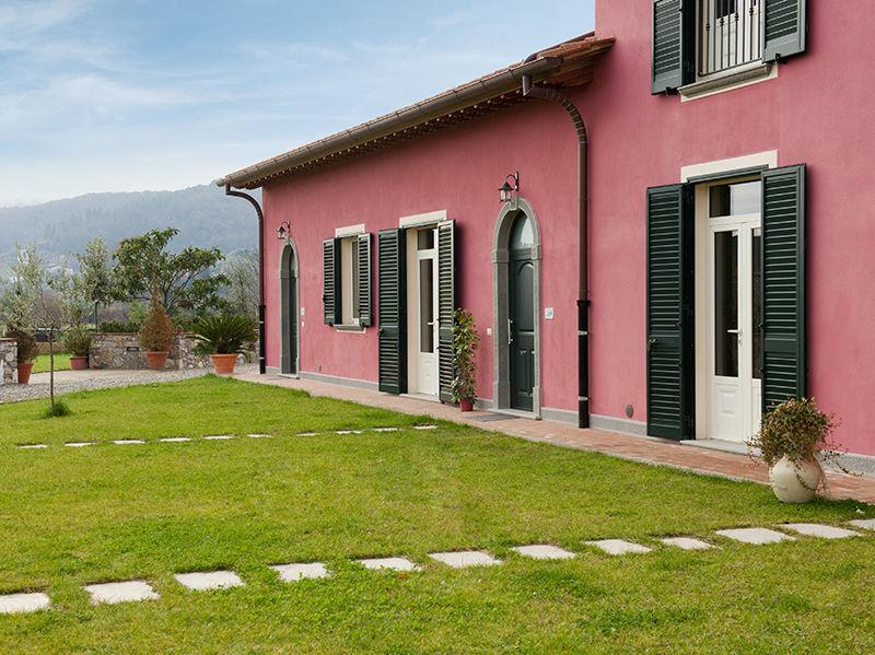 Galleria fotografica agriturismo casa rosa lucca for Colore facciata casa campagna